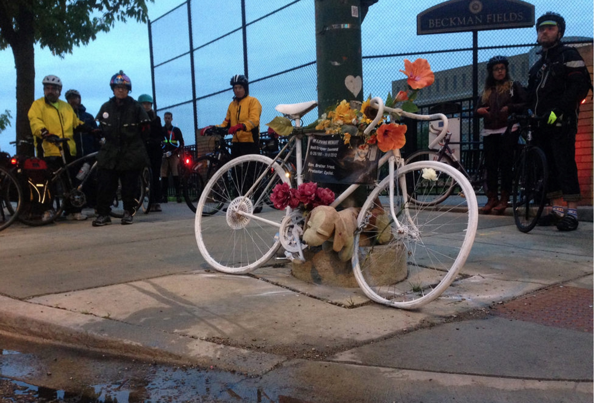 2015 Chicago Ride of Silence Ghost Bike with Riders